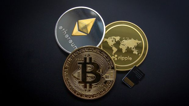 Bitcoin and Ethereum find support from bank comments